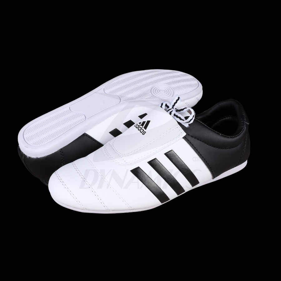 The official distributor of adidas ADIDAS ADI KICK II WHITE