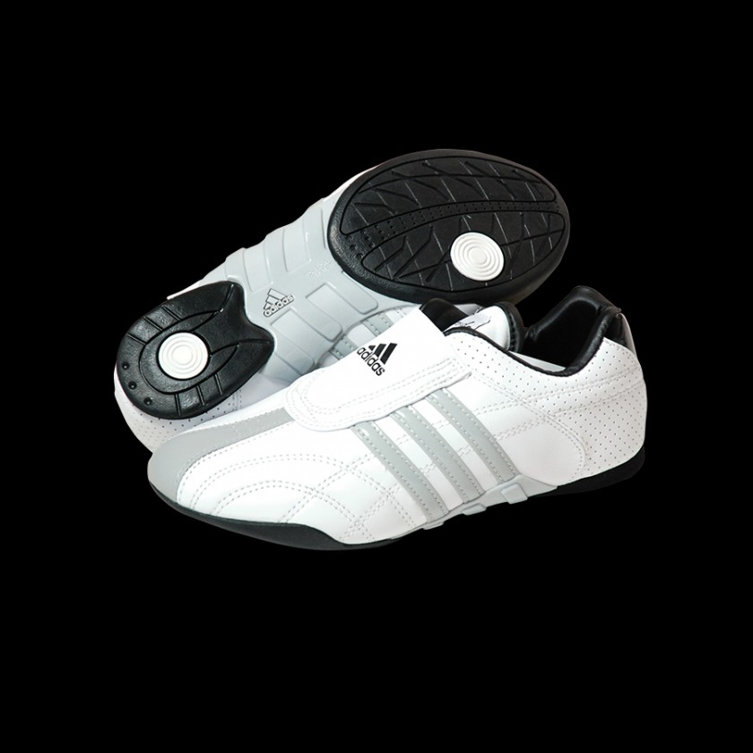 The official distributor of adidas Shoes Beklædning  Judo Martial Arts